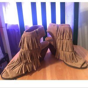 Fringe Boots!!